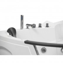 Whirlpool Bad White Pearl 157X157X65CM